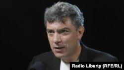 Boris Nemțov a fost un critic aspru al lui Vladimir Putin și cel mai puternic competitor politic pe care l-a avut înainte de a fi numit președinte, pe vremea lui Boris Elțîn