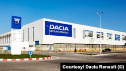 Renault suspendă producţia la mai multe uzine, inclusiv în România