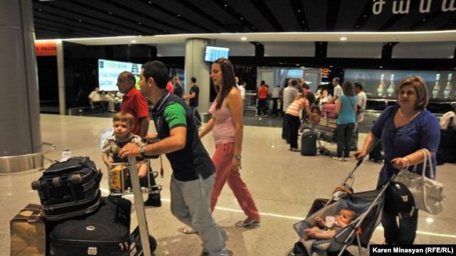 Սիրիահայերը տեղափոխվում են Հայաստան, արխիվ
