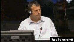 Srećko Aćimović svjedoči na suđenju Ratku Mladiću, 25. lipanj 2013.