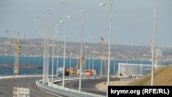 Дорога до споруджуваного Керченського мосту, квітень 2018 року