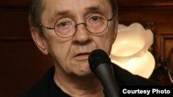 Аркадий Драгомощенко