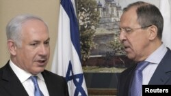 Israeli Prime Minister Benjamin Netanyahu (left) and Russian Foreign Minister Sergei Lavrov (file photo)
