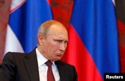 Владимир Путин в Белграде перед саммитом АСЕМ