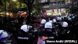 Policija sprečava desničare da priđu mestu održavanja festivala
