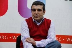 Natiq Cəfərli: 'Görünən odur ki, prioritet bu tipli oyunlarla ölkənin reklamına xidmət edən addımlara hesablanır'