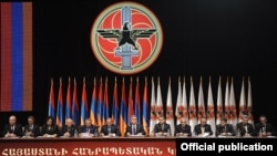 Armenia - President Serzh Sarkisian (C) presides over a pre-election congress of his Republican Party in Yerevan, 10Mar2012.