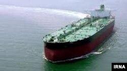 دو میلیون بشکه نفت به مدت دو سال در یک نفتکش اجارهای ذخیره شد
