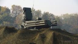 "Ruski raketni sistem ""Pancir S"" prikazan tokom zajedničke srpsko-ruske vojne vežbe na vojnom aerodromu Batajnica, Srbija, 25. oktobra 2019."
