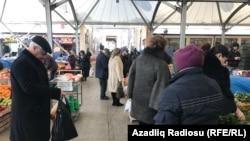 Bakıda bazar, 14 fevral 2017