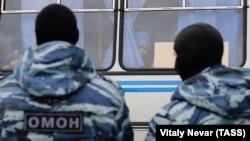 Силовики требовали от Якубова покинуть Дагестан, но выехать из республики ему не дали