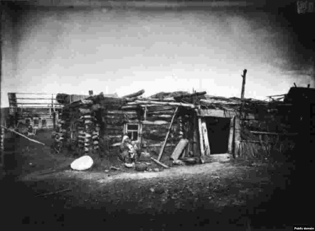 Сергачтагы Кадомка авылында Тарипҗановлар өе, 1891-1892