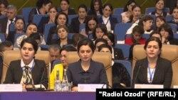 """Дар Душанбе """"Форуми ҷумҳуриявии занон"""" доир шуд"""