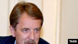Алексей Гордеев приступил к ревизии трудов и дел предшественника