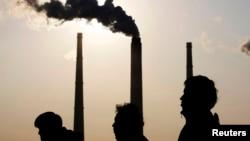 България смята да използва въглищните си централи със сигурност до 2030 г., а може би и до средата на века