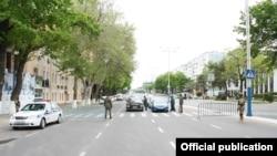 Улица в Ташкенте. Июнь 2020 года.