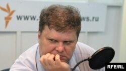 """Сергей Митрохин своим иском против Галины Хованской расколол """"Яблоко"""""""