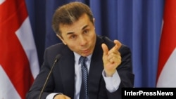 Бидзина Иванишвили уверен, что отношения Москвы и Тбилиси понемногу будут развиваться