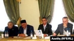 Ринат Насыйров (с), Зиннәт Садыйков, Динар Абукин, Евгений Воробьев