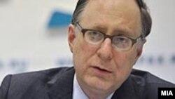 Заместитель генерального секретаря НАТО Александер Вершбоу.