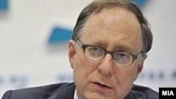 Заместитель генерального секретаря НАТО Александер Вершбоу