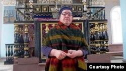 смотрительница синагоги – 77-летняя Сулико Шимшилашвили