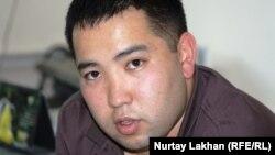 Сотрудник дорожной полиции города Алматы Канат Ирсалиев. 19 сентября 2013 года.