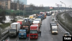The protests included truck drivers crowding major city thoroughfares by driving at slow speeds in all lanes and then assembling for rallies (file photo from similar protests in December 2015).