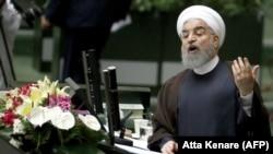 Președintele Iranului, Hassan Rohani, în Parlamentul de la Teheran, 15 august 2017