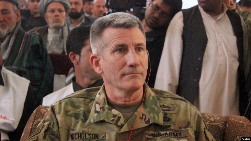 جنرال نېکولسن افغانستان کې د جګړې پر لا تېزولو ټينګار کړی