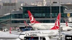 Стамбулдагы Эл аралык Ататүрк аэропорту.