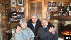 Платон Лебедев с родителями Михаила Ходоркковского