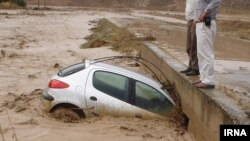 رسانههای داخلی ايران از غرق شدن دو کودک در گودال آبی در شهرستان برازجان خبر دادند.