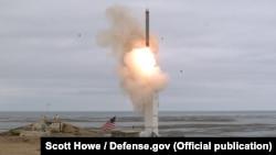 Испытательный запуск новой американской крылатой ракеты с полигона на острове в Тихом океане. 18 августа 2019 года.
