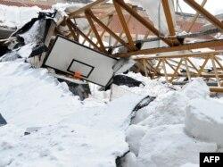 Urušena ledena dvorana Skenderije, februar 2012.