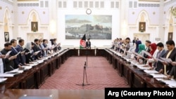 Група новообраних депутатів складає присягу, Кабул, 15 травня 2019 року