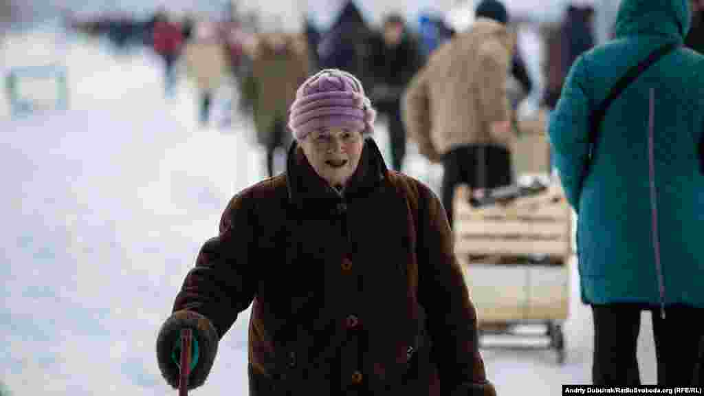 The majority of those making the crossing are retirees from separatist-held territory coming to collect their pensions from Ukraine's central government.