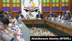 إجتماع محافظ البصرة مع مسؤولي قطاع الكهرباء بالمحافظة