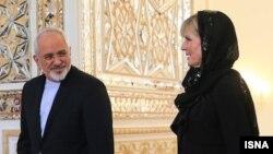 Иран сыртқы істер министрі Мохаммад Жавад Зариф пен Австралия сыртқы істер министрі Джули Бишоп.