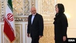 جولی بیشاپ، وزیر خارجه استرالیا در سفری که به ایران کرد با