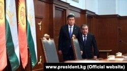 Сооронбай Жээнбеков жана Эмомали Рахмон.