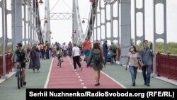 Станом на ранок 25 травня в Україні виявили21 245 випадків COVID-19