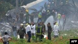 Pamje ku është rrëzuar aeroplani në Kubë.