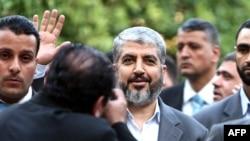 خالد مشعل، رئیس دفتر سیاسی حماس، به هنگام حضور در گفتوگوهای آشتی در قاهره/ خرداد ۸۸