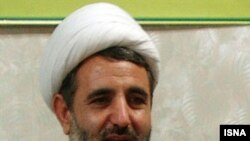 جانشين نماينده ولی فقيه در سپاه پاسداران در سخنان خود شدیدا به روسای جمهور سابق ایران حمله کرد.(عکس: ایسنا)