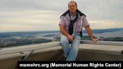 Руководитель представительства правозащитного центра «Мемориал»в Грозном Оюб Титиев