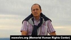 Правозащитник из Чечни Оюб Титиев.