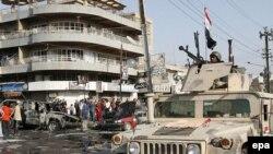انفجار بغداد زمانی اتفاق افتاد که نیروهای عراقی و آمریکایی پیش از انفجار در آن محل عکس یادگاری گرفتند.