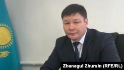Шалқар аудандық білім бөлімінің басшысы Абзал Әбдіков. Ақтөбе облысы, 28 қаңтар 2019 жыл.