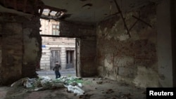 Ruševine u Vukovaru na krajem istoku Hrvatske, zabeležene 2013. godine, 18 godina nakon okončanja rata.